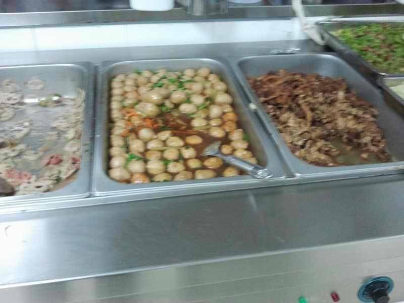 珠海将在14所学校食堂装194个摄像头监控食品制作